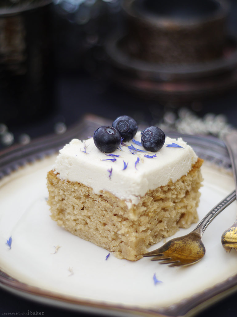 Classic Cashew Vanilla Birthday Cake {Free from: gluten, dairy, eggs, oils, and refined sugar}