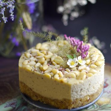 Tarragon Lime Pine Nut Cheesecake (Raw & Free From: gluten & grains, dairy, refined sugar, and cashews)