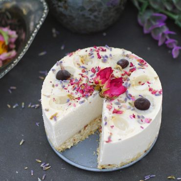 Longan Fruit Raw Cheesecake (Free From: gluten & grains, dairy, refined sugar)