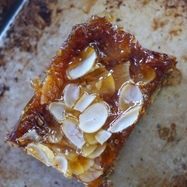 Sticky Almond Apricot Slice (Free From: gluten and grains, refined sugar, dairy, and added oils)