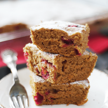 Gluten-Free Vegan Fresh Cranberry Cake {Refined Sugar-Free, One Bowl}