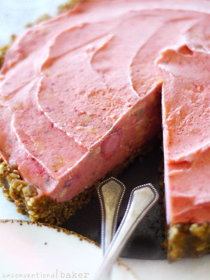 Raw Strawberry Papaya Ice Cream Tart {Vegan, Gluten-Free, Paleo, AIP, SCD, Refined Sugar-Free, Oil-Free, Nut-Free}