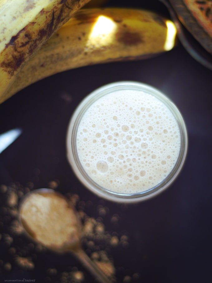 Super Light & Filling Peanut Butter & Banana Smoothie {Free from: dairy, refined sugars, oils, gluten & grains)