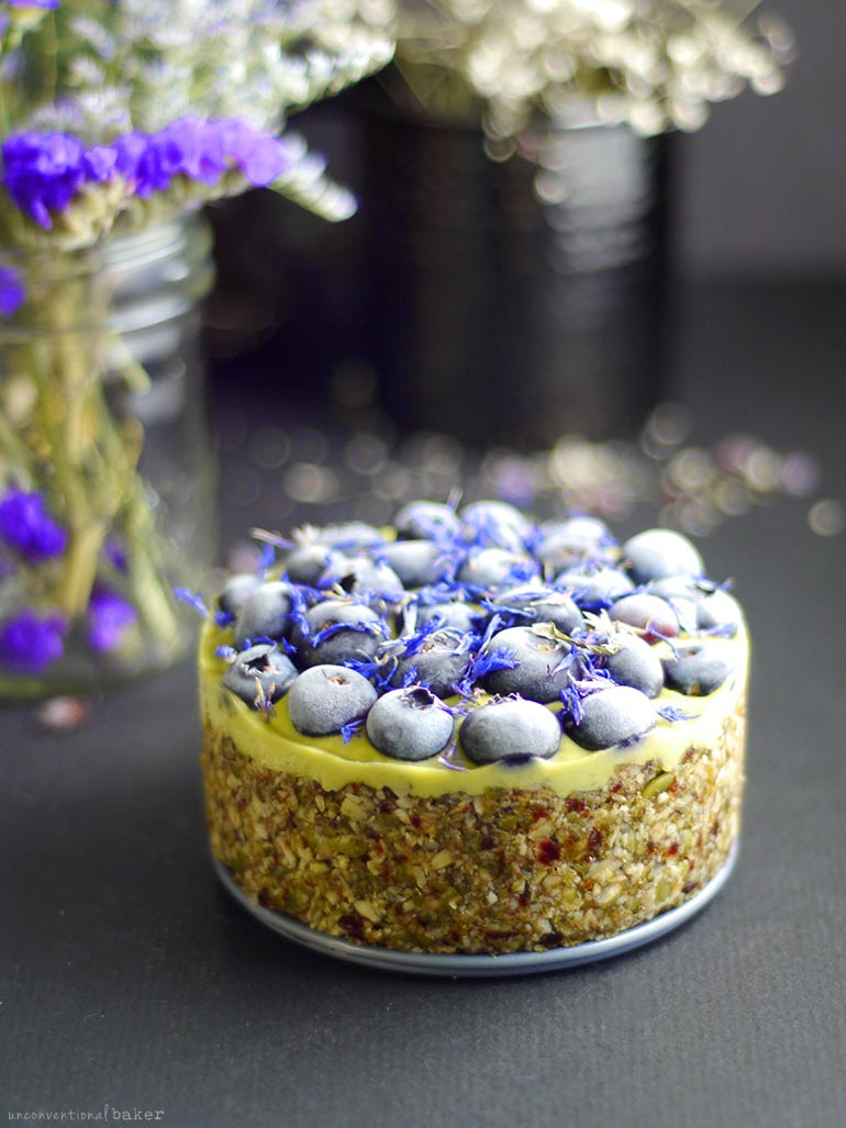 Raw Berry Lime Cheesecake (Free From: nuts, dairy, gluten & grains, added oil, and refined sugar)