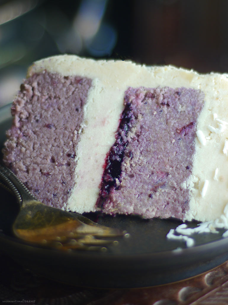 Blackberry Coconut Cake (No-Bake & Free-From: gluten & grains, dairy, nuts, added oils, and refined sugar)