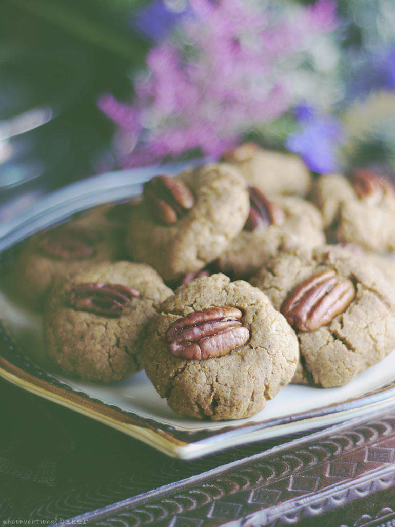 Soft & Chewy Pecan Cookies (Free From: gluten, dairy, eggs, added oils, refined sugar)