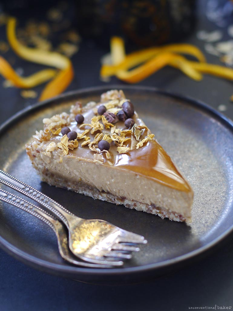raw orange caramel tart (vegan, gluten-free, grain-free, refined sugar-free)