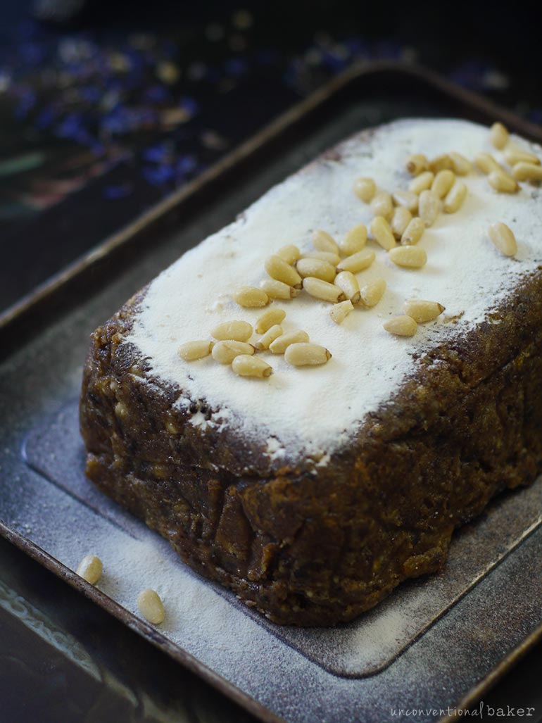 fruitcake -- raw, vegan, gluten-free, refined sugar-free, oil-free