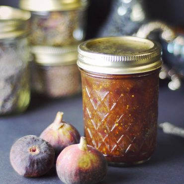 fresh fig preserves (refined sugar-free vegan spread)