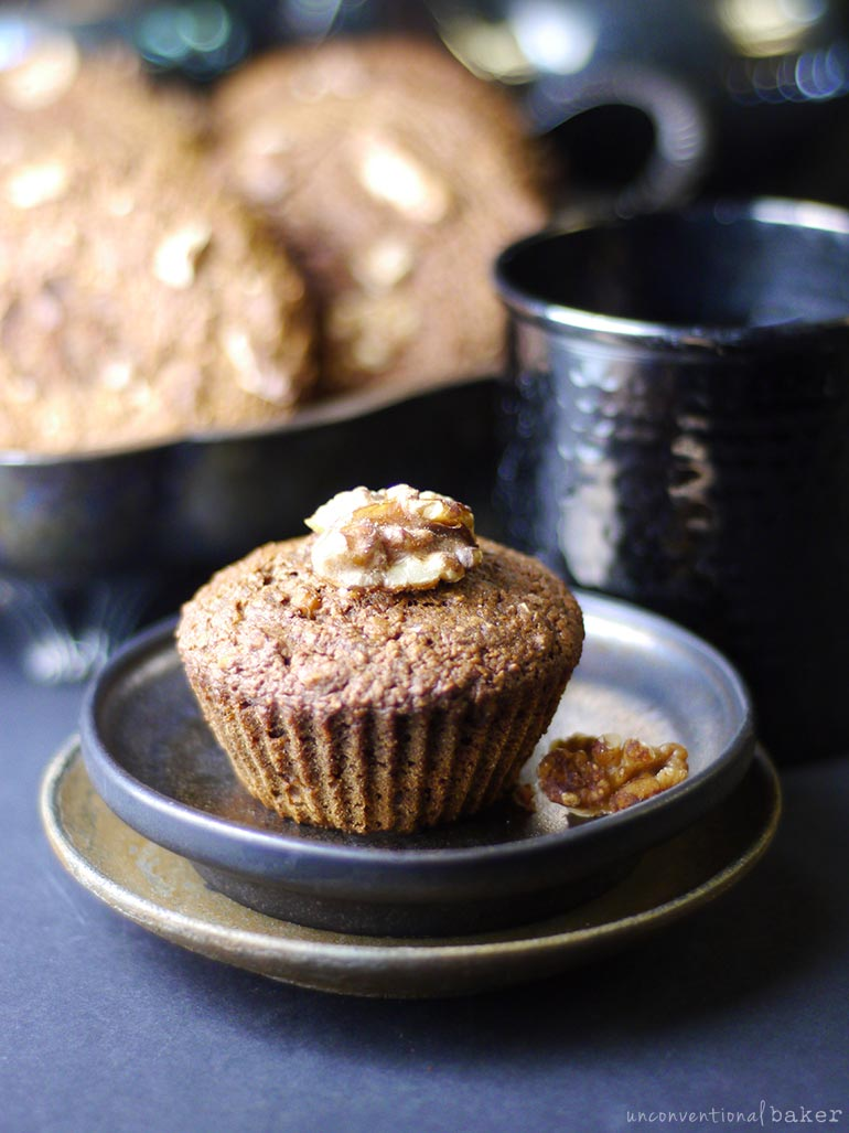 gf vegan oil-free applesauce muffins with walnuts