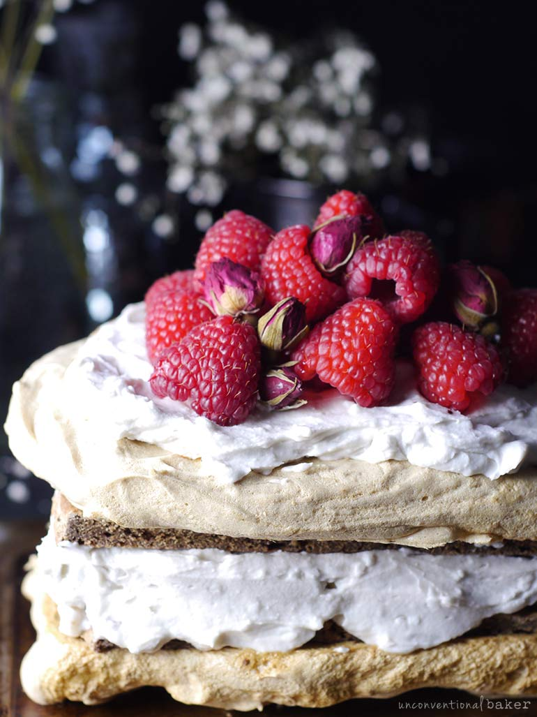 aquafaba vegan meringue cake