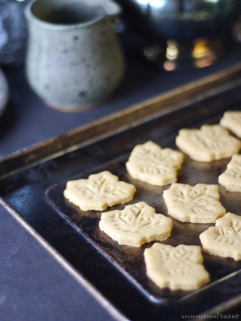 gluten-free vegan maple leaf cookies
