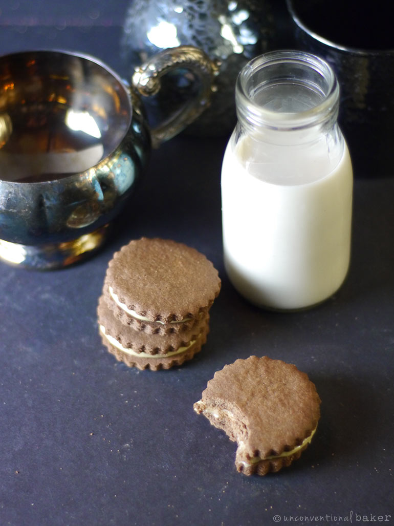 gluten-free vegan maple cream chocolate cookies