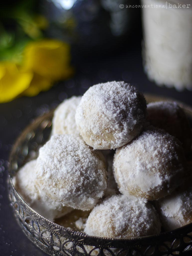 Mexican Wedding Cookies -- a Vegan and gf recipe