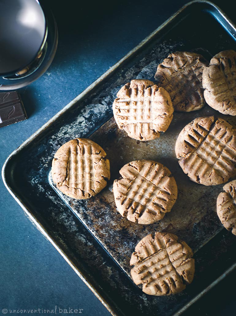 vegan and gluten-free chocolate peanut butter cookies